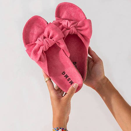 Light pink women's slippers with a Sun and Fun bow - Footwear