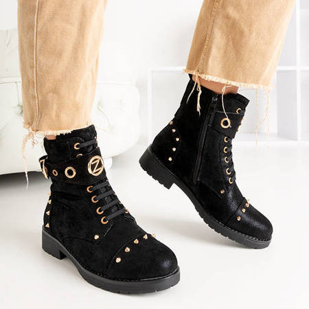 OUTLET Black women's bags with studs Ysstia - Footwear