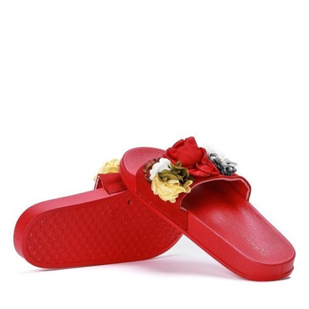 OUTLET Red slippers with decorative Judith flowers - Shoes