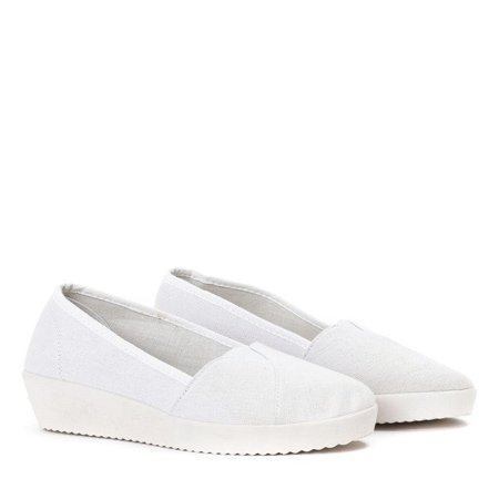 OUTLET White slip on on a low wedge Peppi - Shoes