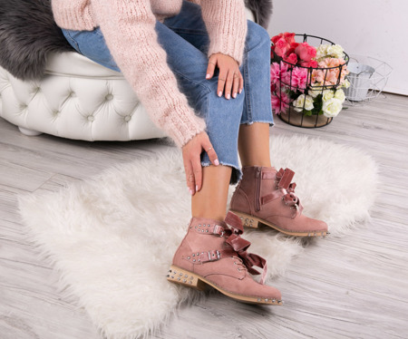 Pink bags with Paisley studs - Footwear